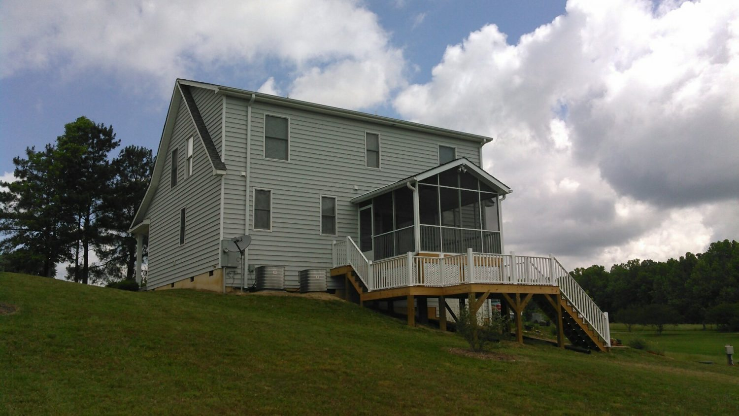 Moore Residence Project Spotlight: Deck & Screened-In Room